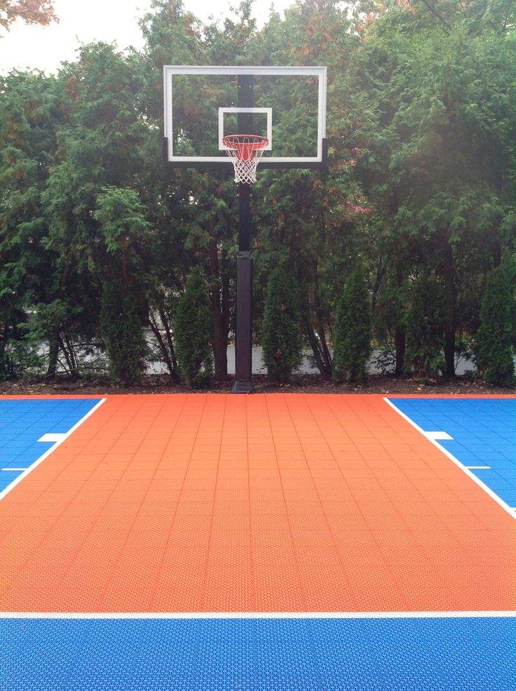 There is a front view of the hoop. | Backyard basketball ...