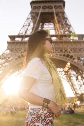 #Sunsetparis #eiffel #love #paris #womaninparis #sunseteiffel #eiffel #toureiffel #photography #eiffelportrait #portrait #maoorozco #maoorozco.com #perfectsunset