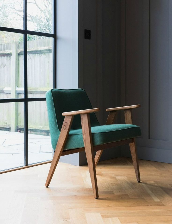 Jozef Chierowski 366 Easy Chair Wool at Rose & Grey