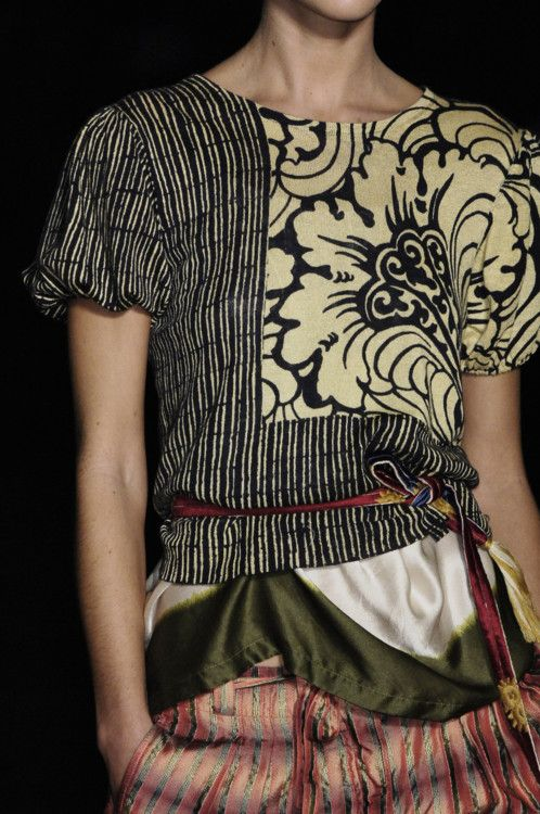 DRIES VAN NOTEN pattern details