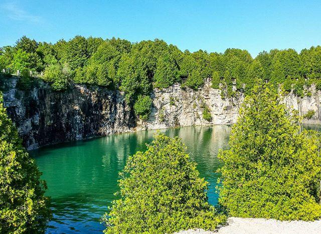 17 Breathtaking Ontario Hikes to do this Summer via BuFeed (Elora Gorge #zavfire #ontario #canada #landscape #elora #eloraquarry)