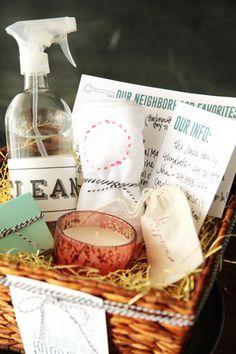 Handmade Mood | New Neighbor Gift Basket | http://handmademood.com