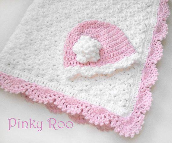 Crochet Baby blanket and hat / Baby girl blanket  / by PinkyRoo