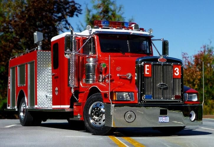 Former Denton Fire/Rescue Engine 3 on a Peterbilt chasis