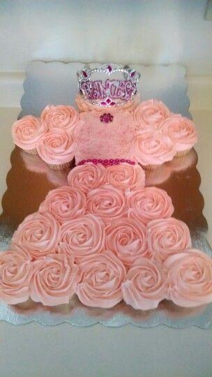 Princess Cupcake Cake Images : Princess dress cupcake cake Princess Dress Cupcakes ...