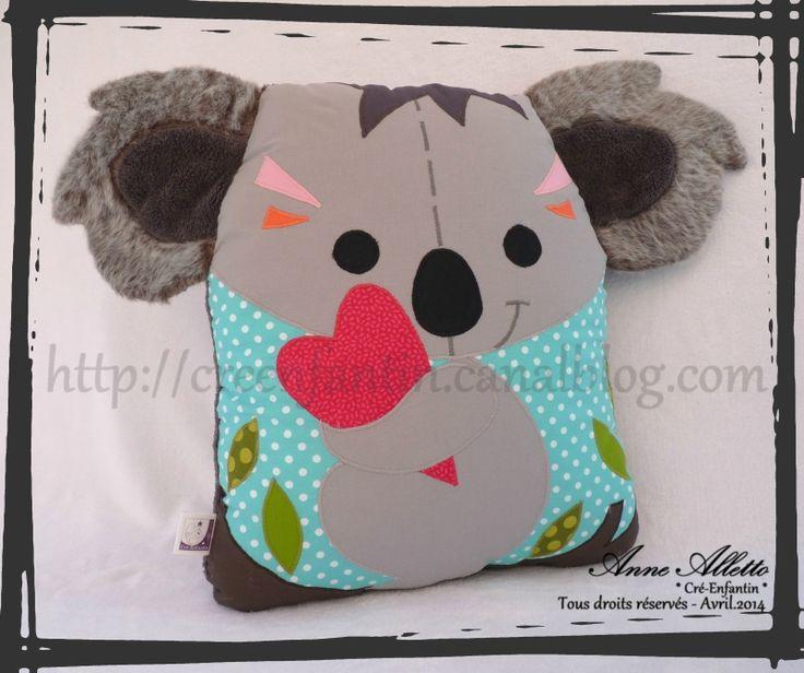Coussin Koala pour la soeur - Avril 2014 - http://creenfantin.canalblog.com/archives/2014/04/06/29567404.html