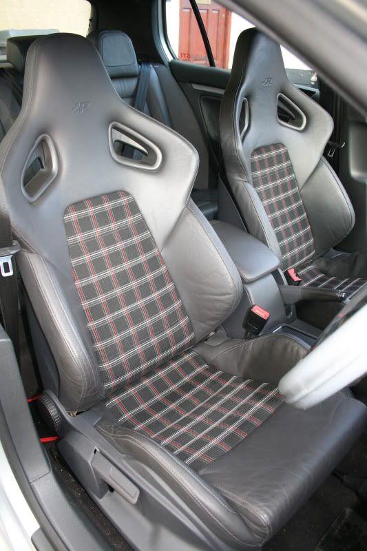 MK5 GTI R32 Recaro Bucket Seats