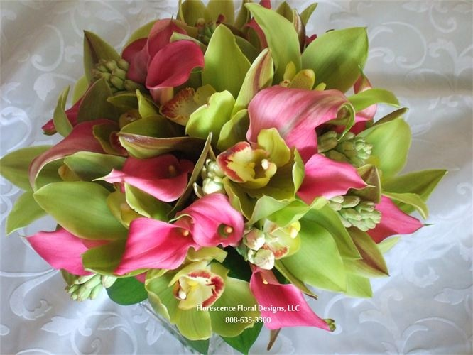 Gorgeous bridal bouquet! Pink callas with cymbidium orchids | CalCallas.com #pinkcallalilies