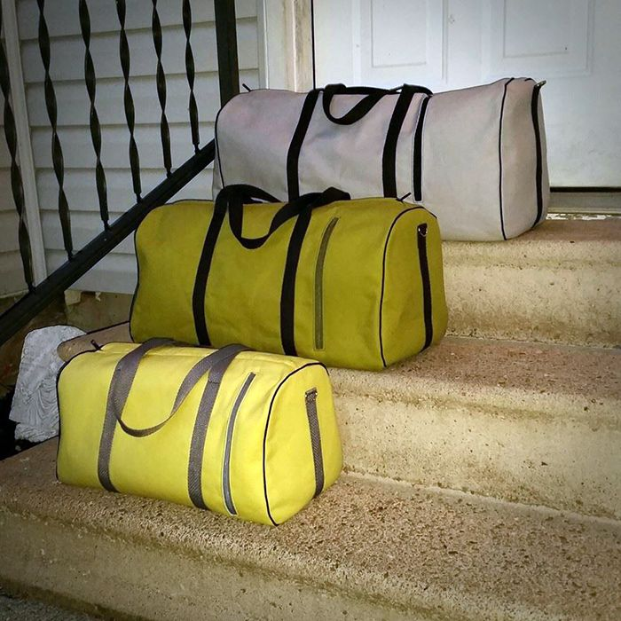 dallas vintage duffel duffel bag pipes and bag. Black Bedroom Furniture Sets. Home Design Ideas