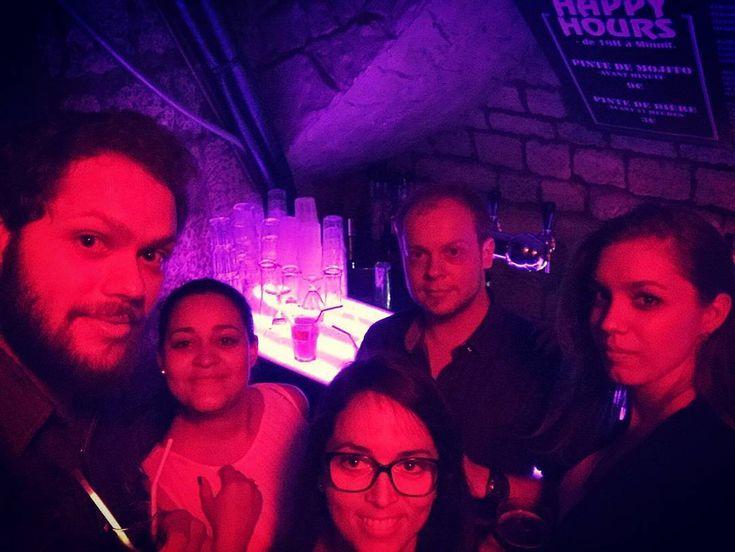 ~ C'est l'histoire d'un astronaute ����, de la reine de Dordognie ��, de la petite fille d'Albert de Monaco����, du constructeur des WC de l'ISS�� et d'une chasseuse de trésor ���� qui décident de s'enjailler ~�������������������� #cosmonaute #cosmos #majeste #queen #reine #Dordognie #monaco #albert #rocher #iss #space #treasurehunter #hunt #tresor #party #night #crazy #capitalecity #paris #partynight #treasure #chasse #bar #pub #club  #astronaute…