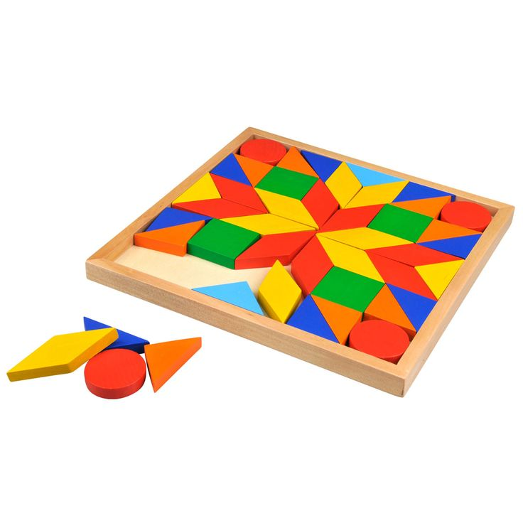 Kinderen leren al spelend vormen en kleuren te sorteren. Geheel uit hout vervaardigd.