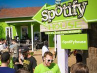 Spotify's mobile app finally goes free Anyone on an iOS or Android tablet or smartphone now can use the app free of charge. But there is one catch.