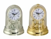 Sil Spinning Dome Clock An attractive dome clock in gold or silver. Approximately 16 x 11.5cm in size.