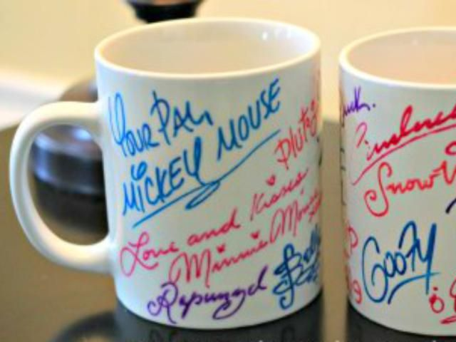 Looking for an inexpensive but awesome keepsake from your Disney vacation? These Disney fans have taken DIY souvenirs to a whole new level.