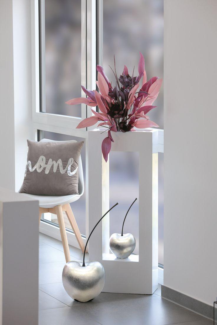 "Pflanzobjekt ""Glossy"" mit Foam Flower Dekoration"