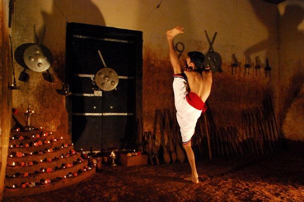 Indian Martial Arts - Kalarippayattu : Poomully Aramthampuran's Kalari: KALARIPPAYATTU : Poomully Aramthampuran's Kalarisangham