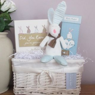 16 best Luxury Baby Hampers images on Pinterest | Baby gift ...