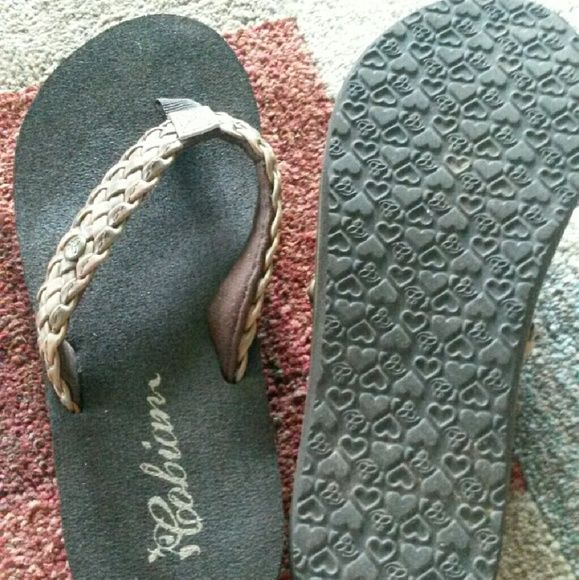 Cobian flip flops Worn only once.  They are to big for me.  Very cushioning sole and braided detail on the straps. Cobian Shoes Sandals