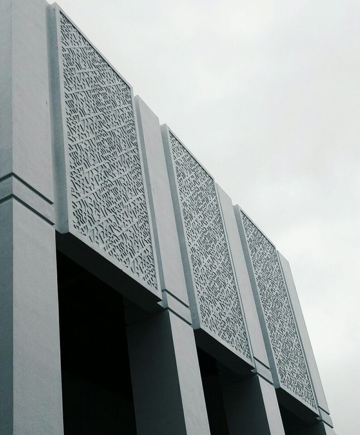 Detail #mosque #architecture #facade #pilar