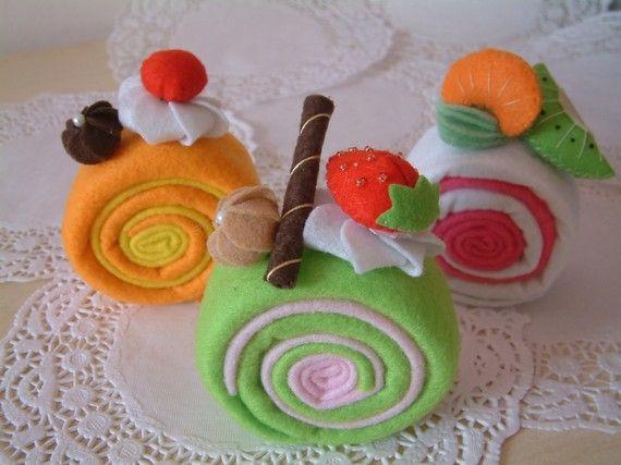 Felt food pattern-Most easy,Roll cake--PDF Pattern via Email--F29