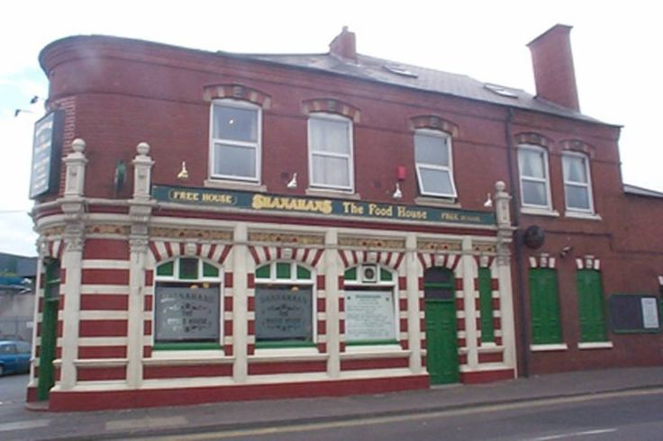 Bed & Breakfast in Birmingham, United Kingdom. Featuring free WiFi and a restaurant, Shanahans B&B & Sports Bar offers accommodation in Birmingham. Guests can enjoy the on-site bar.  Aston University is 0.8 miles and Villa Park and St Andrews are within very easy reach. Ideal for long term sta...