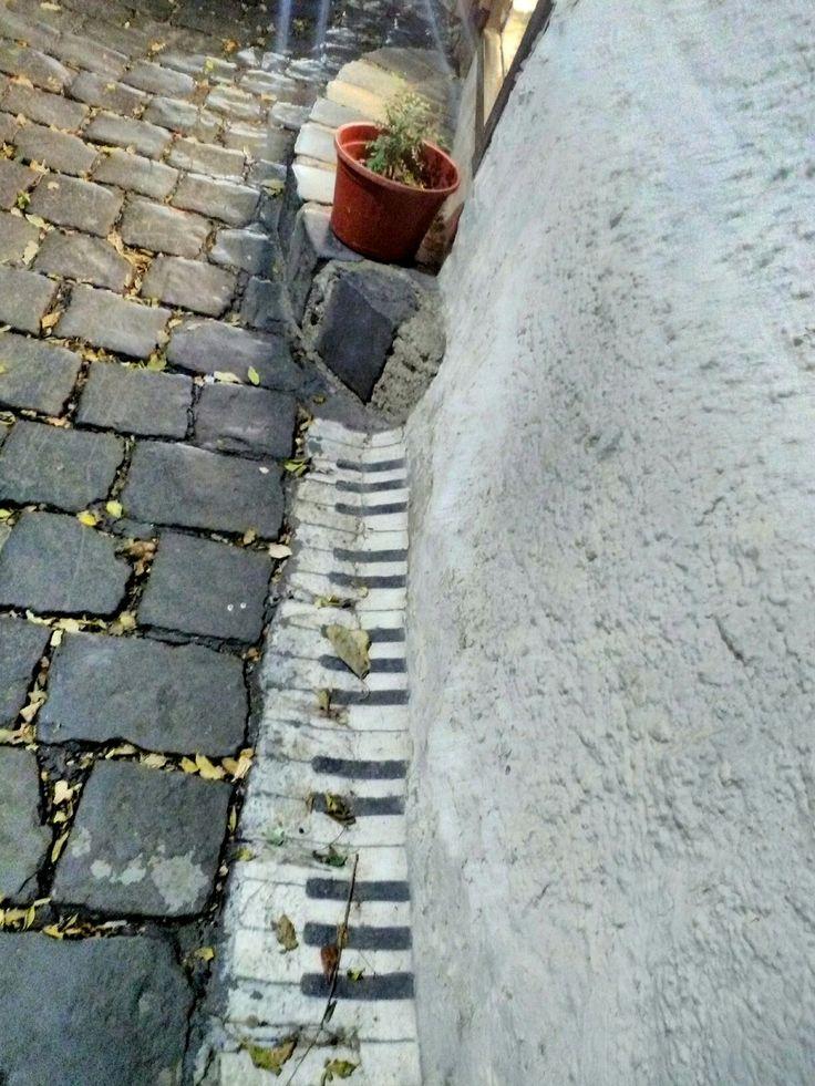 Piano streetart
