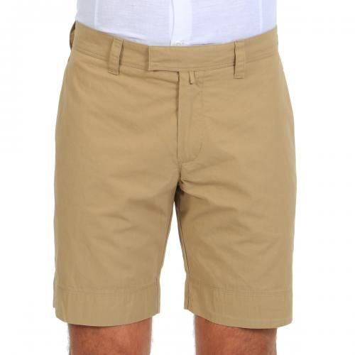 COTTON SHORTS Boston cotton shorts with two front pockets and two welt buttoned pockets at the back, Slim fit, hook and zip fly. COMPOSITION: 100% COTTON. Our model wears size 32, he is 189 cm tall and weighs 86 Kg.