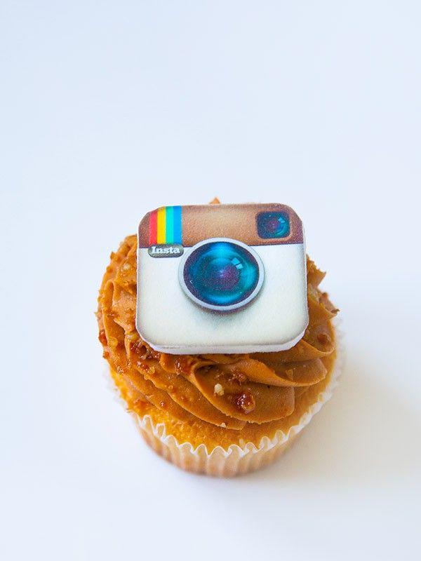 """Капкейк """"Инстаграм"""" (""""Instagram"""" cupcake) - Выпечка на заказ"""