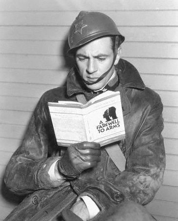 Humphrey Bogart reading A Farewell to Arms