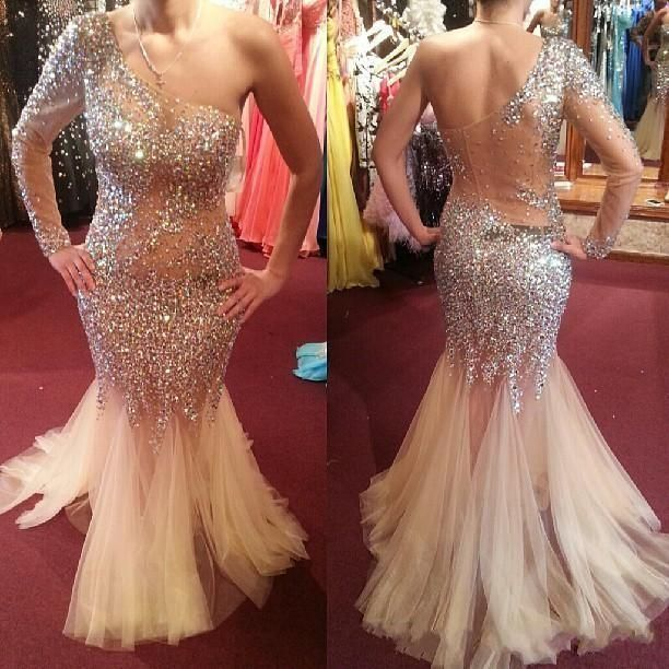 Prepare the mermaid style prom dresses for the upcoming prom? Then you need to see champagne one shoulder 2017 prom pageant dresses tulle mermaid sweep train stunning beaded crystal custom made special occasion evening gown in babyonline and other online dress shop and petite prom dresses on DHgate.com.
