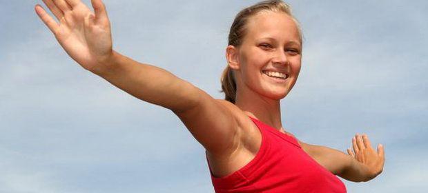 Οι καλύτερες ασκήσεις για την καταπολέμηση της χαλάρωσης στα μπράτσα - http://egynaika.gr/fitness/kaliteres-askisis-gia-tin-katapolemisi-tis-chalarosis-sta-bratsa/