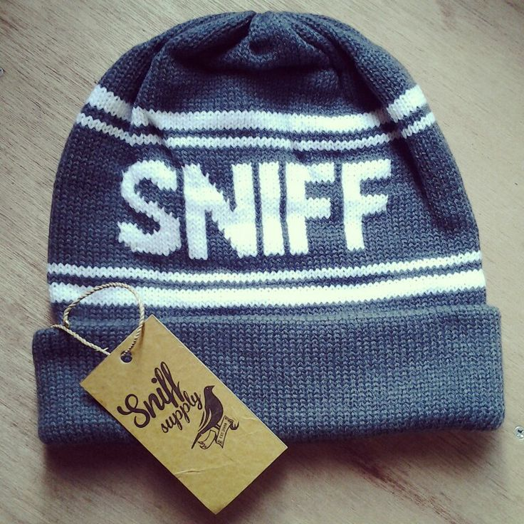 "SNIFF ""MANUAL"" beanie grey white strippe idr. 88k"