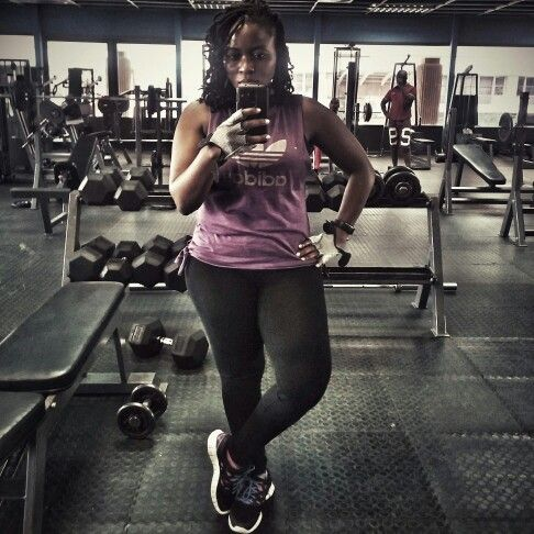 3 sets of selfies to start off a workout