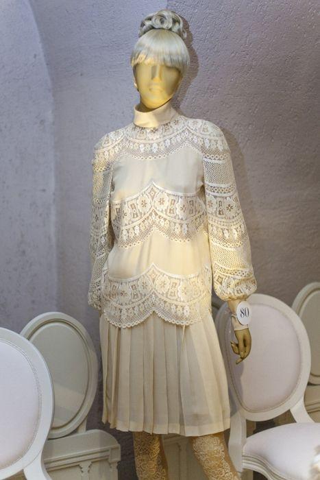 17 best images about a greek dynasty on pinterest jfk for Jackie o wedding dress designer
