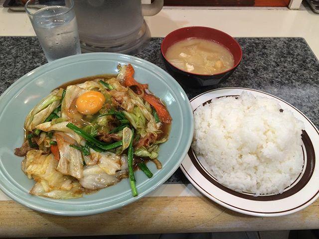 今日も池袋の洋庖丁(^.^) 今回はスタミナ焼定食の大盛り‼︎ 個人的に前回食べたからし焼定食の方が好きかな(*^_^*) これはこれで美味しい!  #洋庖丁 #定食 #スタミナ焼き #like4like #food #foodporn #japan #tokyo #日本 #にほん #東京 #飯テロ #食べ物 #instafood #池袋 #ikebukuro #nofilter #lunch #ランチ #洋食 #お昼ごはん #l4l #egg #vegetables #misosoup #rice #大盛り #large #生卵 #野菜炒め  Yummery - best recipes. Follow Us! #foodporn