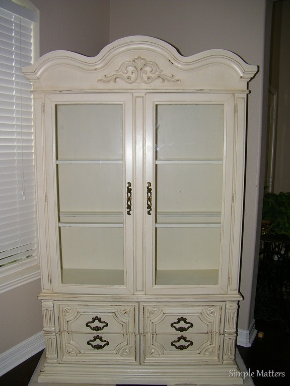 Creamy White Glazed China Hutch Painted China Hutch