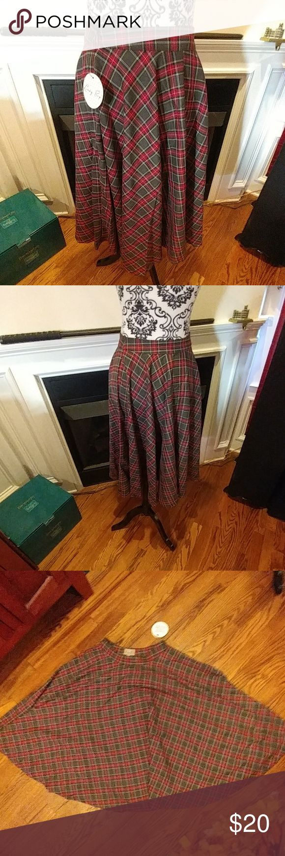 """NWT Lindy Bop Peggy Circle Skirt in Grey Tartan New with tags. Waist 13"""" flat. Very full skirt. UK 8/US 4. Modcloth Skirts Circle & Skater"""
