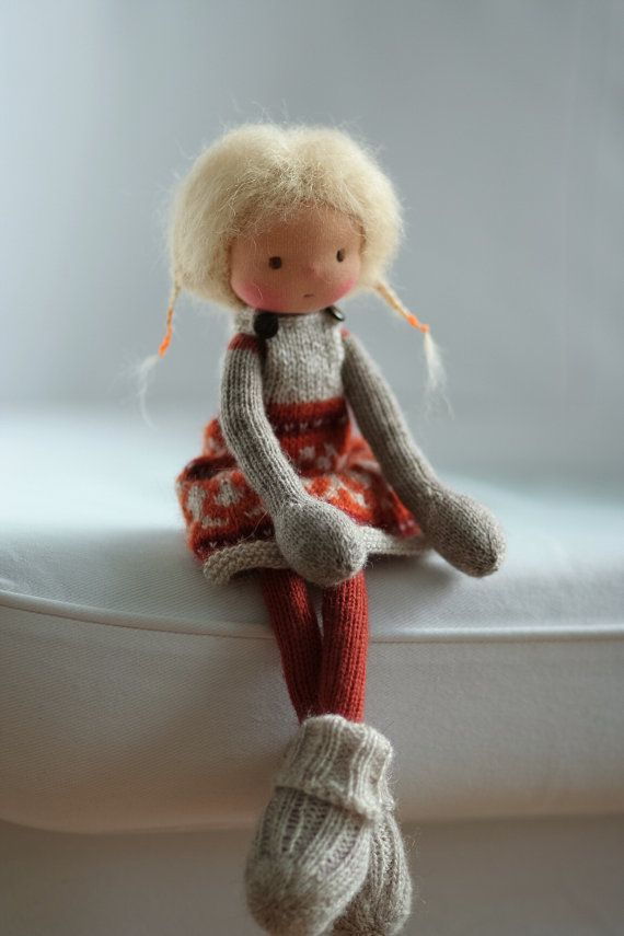 Knitted doll Zita 14 by Peperuda dolls by danielapetrova on Etsy