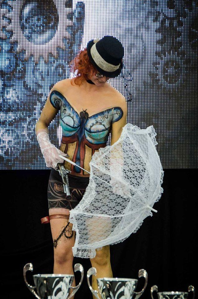Show na podiu- z části žena a z části stroj. To je moje krásná Steampunk modelka Milenka. Interbeauty Prague 11.4.2015. Photo by Jan Hamaďák - Photogallery/FB