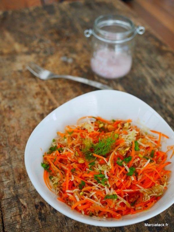 Salade de fenouil et carottes râpés, menthe et pistache - Recette facile - Marciatack.fr