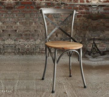 Chaise Bistrot Bois Et Metal Chaise Bistrot Chaise Chaise Industrielle