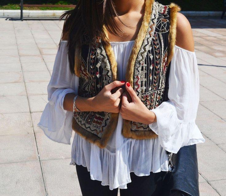 NWT ZARA Embroidered Vest Fur Trim Waistcoat Boho ONE SIZE M Ref.7521/229 #ZARA #Casual #Casual