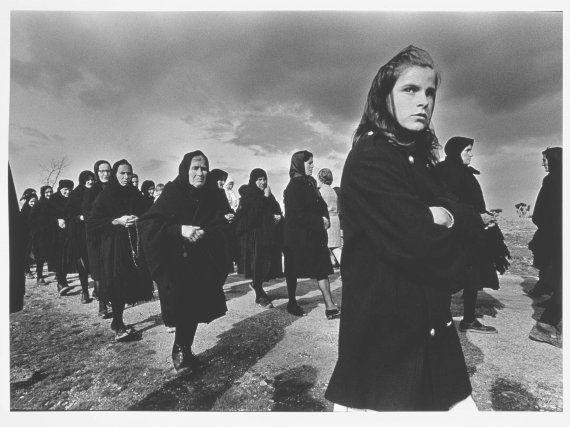 Sanz lobato rafael viernes santo bercianos de aliste zamora · documentary photographyhistory