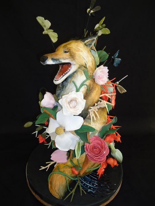Aww, fox cake!