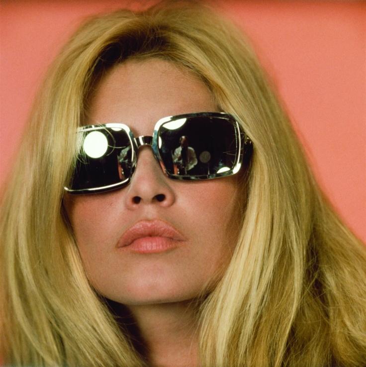 brigitte bardot in square sunnies // vintage // retro // fashion icon // style idol // iconic women // 1960s // 60s