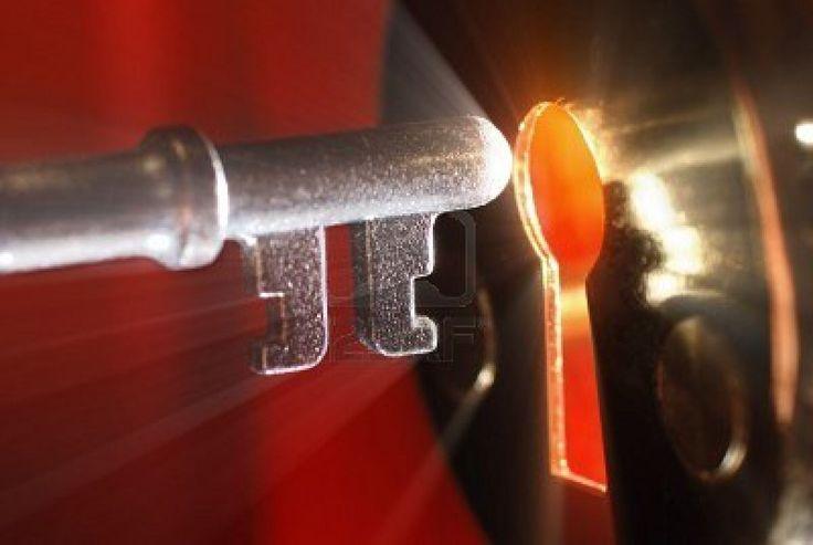 #cerraduras,#bombillos,#aperturas 620140601 Http://www.cerrajerobarcelonavalencia.es #cerrajerosbarcelona #cerrajerosvalencia #cerrajeros24h