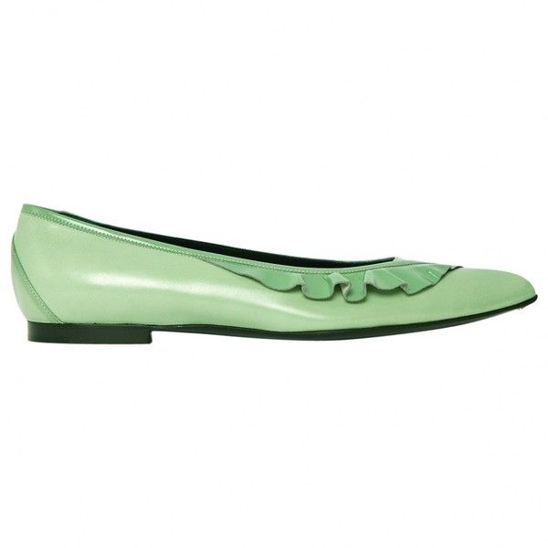 Pre-owned Louis Vuitton Ballet Pumps ($186) ❤ liked on Polyvore featuring shoes, green, skimmer shoes, ballet shoes, ballet flat shoes, ballet pumps and pre owned shoes