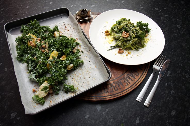 Take beautiful, juicy winter pears and pair them with crunchy roast chickpeas and wholesome kale for a delicious, hearty winter salad that's packed full of flavourful! Check out the recipe at Brendon The Smiling Chef