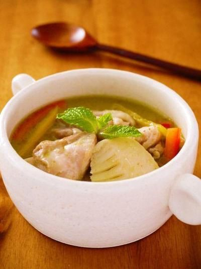 チキンと筍のグリーンカレー♪簡単タイカレーレシピ by みぃさん ...