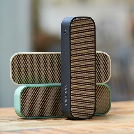 aGroove Bluetooth Speaker by Kreafunk | MONOQI #bestofdesign #geschenkideen